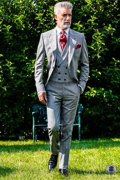"""Completely """"Made in Italy"""" tailored style wedding suits and morning suits Wedding Morning Suits, Wedding Suits, Dapper Gentleman, Gentleman Style, Sharp Dressed Man, Well Dressed Men, Black Suit Red Tie, Dress Suits, Men Dress"""