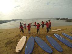 Seguimos con los cursos de surf en Baluverxa , la Escuela de Surf del Cabo Peñas , esta vez con los Cursos del mes de septiembre 2014 donde despedimos el verano y estrenamos el otoño con un nuevo Bono de 6 clases , todo el año abierta con el mexor surfing . http://youtu.be/_NIvFgoWlJk