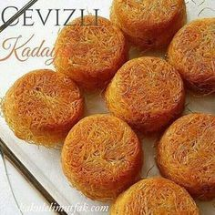 No photo description available. Sweet Recipes, Cake Recipes, Dessert Recipes, Turkish Sweets, Salty Foods, Gateaux Cake, Sweet Pastries, Dessert Drinks, Turkish Recipes