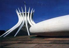 Oscar Niemeyer Catedral de Brasília