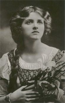 Gladys Cooper.  What a young beauty she was!