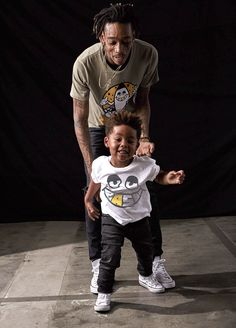Wiz Khalifa and son Sebastian will launch their father-son clothing line BASH By Junk Food on Oct. Wiz Khalifa Son, Whiz Khalifa, Hip Hop Quotes, Rap Quotes, Lyric Quotes, Father And Son Clothing, Taylors Gang, Ty Dolla Sign, Cute Rappers