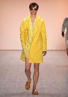 Julian Zigerli Show - Mercedes-Benz Fashion Week Spring/Summer 2015 Andy Wolf, Mercedes Benz, Fashion Art, Berlin Fashion, Magazine Art, Ss 15, Spring Summer 2015, Indie, Duster Coat