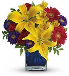 Fresh Flowers for your July 4th Party ! http://villeresflorist.com/metairie-florist/4th-of-july-140934c.asp?topnav=TopNav #NewOrleans