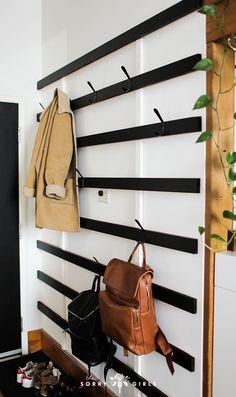 organized and minimal with this DIY coat rack! - First Home: Mood Boards Stay organized and minimal with this DIY coat rack! - First Home: Mood Boards - Stay organized and minimal with this DIY coat rack! - First Home: Mood Boards - The Sorry Girls, Diy Coat Rack, Coat Racks, Coat Hanger, Wall Coat Rack, Diy Coat Hooks, Diy Purse Rack, Bag Rack, Rustic Coat Rack