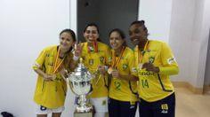 Figuras de la selección femenina de Brasil.