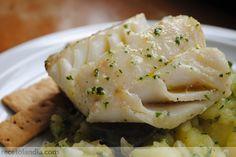 Receta de Bacalao al horno con majado   recetolandia http://www.pinterest.com/mikelonemw2/bacalao/