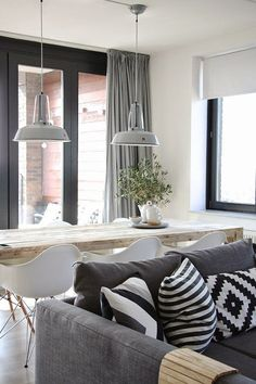 Best scandinavian living room through textiles - Home Decorating Trends - Homedit Cozy Living Spaces, Home Living Room, Living Room Decor, Sweet Home, Scandinavian Living, Scandinavian Christmas, Deco Design, Living Room Inspiration, Home Fashion