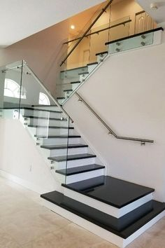 97 Most Popular Modern House Stairs Design Models 95 Staircase Design Modern, Staircase Railing Design, House Staircase, Home Stairs Design, Modern Stairs, Interior Stairs, Home Room Design, Modern House Design, Home Interior Design