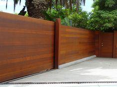 Horizontal Wood Fence Designs Wood Fence Gate Designs, Wood Fence Gates, Diy Fence, Fence Landscaping, Backyard Fences, Fence Ideas, Concrete Fence, Cedar Fence, Gabion Fence