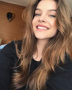 Fansite supporting the hungarian beauty Barbara Palvin since september Better view on web. No Make Up Make Up Look, Make Up Glow, Victoria Secret Swim, Make Up Gesicht, Kendall Jenner Outfits, Beautiful Celebrities, Woman Crush, Girl Pictures, Her Style