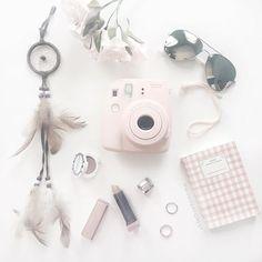 Think pink. #flatlay #flatlayapp