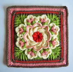 #crochet flower square free pattern ༺✿ƬⱤღ http://www.pinterest.com/teretegui/✿༻