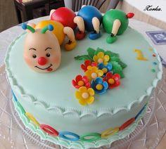Dort s veselou stonožko-housenkou :-) - fotoalba uživatelů - Dáma. Birthday Cake, Desserts, Food, Birthday Cakes, Tailgate Desserts, Deserts, Essen, Postres, Meals