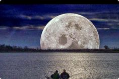 Social Media Event – The Sturgeon Moon A great opportunity for you to super charge your social networking, to meet Empire Avenue Leaders, to connect with top social media engagers and more… Moon Moon, Moon River, Moon Art, Sturgeon Moon, Full Moon Tonight, Moon Pictures, Moon Pics, Moon Images, Night Pictures