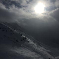"""""""Good night my beautiful mountains ⛰"""" am Parpaner Rothorn https://www.graubuendner.ch/photos/grischashot.php?id=1398  a #GRischashot-Foto von gestern via swissroman auf Insta, viela Dank ❄️❄️🍀 #arosalenzerheide #parpan #graubünden   👉 Folge swissroman auf Instagram: https://www.instagram.com/swissroman/"""