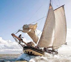 Salt Water  by straorza