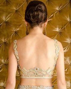 Where to buy designer blouse in Delhi?