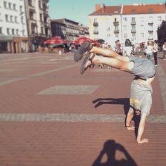 #wartkiszpil #bytom #capoeiraart #capoeiraeveryday #capoeira #handstand
