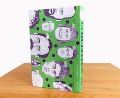 """""""La multitud que he sido"""",una publicación del ilustrador mexicanoSantiago Solís, no es únicamente un libro de dibujos, en realidad se trata de un diario que nos habla sobre …"""