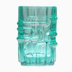 Türkise Modell 617 Vase aus Pressglas von Vladislav Urban für Sklo Uni... Jetzt bestellen unter: https://moebel.ladendirekt.de/dekoration/vasen/tischvasen/?uid=bdd163de-1927-5694-88e7-e61e60100e6b&utm_source=pinterest&utm_medium=pin&utm_campaign=boards #tischvasen #vasen #dekoration