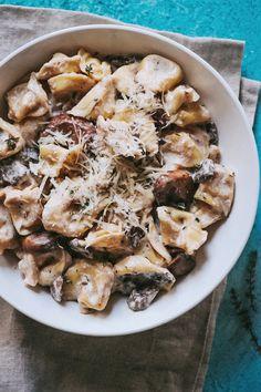 Creamy Mushroom Tortellini Alfredo Creamy Mushroom Pasta, Mushroom Dish, Creamy Mushrooms, Mushroom Recipes, Stuffed Mushrooms, Stuffed Peppers, Mushroom Alfredo, Mushroom Sauce, Tortellini Alfredo