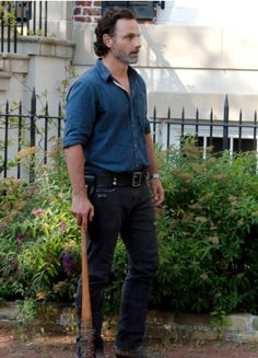 Rick Grimes in The Walking Dead Season 7 Episode 4 | Service