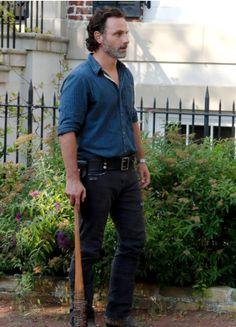 Rick Grimes in The Walking Dead Season 7 Episode 4 | Service
