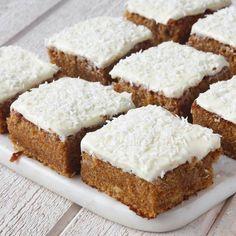 morotskärleksmums2 Baking Recipes, Cake Recipes, Dessert Recipes, Swedish Recipes, Sweet Recipes, Bagan, No Bake Treats, Caramel, Cookie Desserts