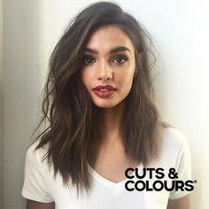 Pretty Brunette | Halflang haar | Meiden Kapsels