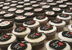 I S2 NY Cupcake - Caketutes Cake Designer