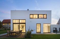 KN08 House by Schiller Architektur