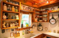 Travis-Brittany-Tiny-204-Sq-Ft-Home-010