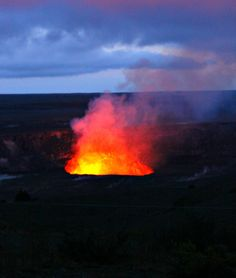 Stunning shot of Kilauea erupting from the Jaggar Museum & Overlook
