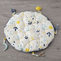 Shop Genevieve Gorder Constellations Baby Play Mat. Designed just for us by Genevieve Gorder, this comfy baby play mat will have upstart astronomers reaching for the stars in no time.