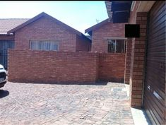 Explore this property 2 Bed Townhouse in Theresa Park Private Property, Property For Sale, Capital R, Default Setting, Public School, Townhouse, Coffee Shop, The Neighbourhood, Yard