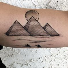 101 Amazing Egyptian Tattoo Designs You Must See! Osiris Tattoo, Pharaoh Tattoo, Bastet Tattoo, Nefertiti Tattoo, Ankh Tattoo, Anubis Tattoo, Egypt Tattoo Design, Tattoo Design Drawings, Tattoo Sleeve Designs