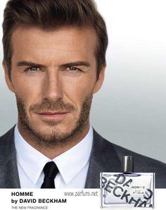David Beckham Homme е дървесно-пикантен аромат и неговия състав може да бъде много интересен за феновете на тази група аромати. Връхните нотки на този отличен аромат се отличават с цитрусова кора умело смесена с джинджифил и пипер. В сърцето има кашмир, кожа и розмарин, а базовите нотки оставят впечатляваща следа от махагон, пачули и мускус.