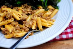 Homemade Hamburger Helper Knock off!  I think this is a good meal for the husband to make while I'm working!  Especially if I make a couple of pre-measured out spice bags. I could get him to fry up two batches of meat, make the recipe with one pound, then put the other pound in the freezer for a second meal!  With the meat fried and spices measured it should make prep even easier