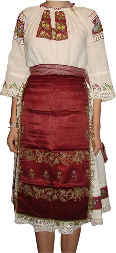 Antique Romanian costume folk blouse ethnic hand by Dreamsfeeder Traditional Fashion, Traditional Art, Traditional Outfits, Folk Fashion, Ethnic Fashion, Costumes Around The World, Most Beautiful Dresses, Folk Dance, Ethnic Dress
