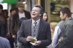 Walter Bishop from Fringe. Mad scientist, proud father, plebeian gourmet foodie. Fringe Tv Series, Walter Bishop, John Noble, Horror House, Best Tv, Picture Photo, Division, Image, Lab