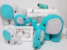 Elefantinhos Funny Pillows, Baby Pillows, Kids Pillows, Baby Crafts, Diy And Crafts, Baby Shawer, Sewing Patterns For Kids, Baby Decor, Amigurumi Patterns