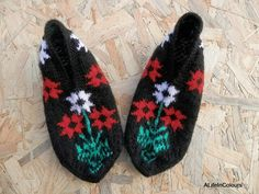 Turkish Anatolian hand knitted women's floral by ALIFEINCOLOURS