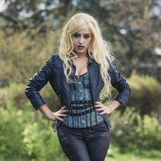 Amazing Flarrowverse Killer Frost Cosplay