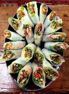 VIETNAMESE RICE PAPER ROLLS via http://mumandleahcook.wordpress.com/2012/04/20/food-intolerance-friendly-vietnamese-rice-paper-rolls/