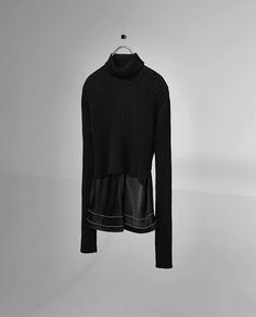 Image 5 of COMBINED KNIT TOP WITH A HIGH COLLAR from Zara