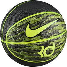 KD VIII Playground 8P Basketball    Auf den Spuren von Kevin Durant kannst du mit diesem hochwertigen Basketball auf die Jagd nach dem perfekten Wurf gehen und zeigen was du drauf hast.    Das hochwertig verarbeitete Soft-Touch-Gummi garantiert exzellentes Ballgefühl für sicherer Dribblings und präzise Würfe. Das stylische KD-Design zeigt sofort für welchen NBA-Star dein Herz schlägt.    Geschl...