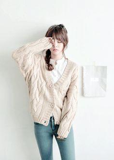 Fashion korean pants jeans ideas for 2019 Korean Fashion Ulzzang, Korean Fashion Trends, Korea Fashion, Korean Outfits, Asian Fashion, Kawaii Fashion, Cute Fashion, Look Fashion, Fashion Outfits