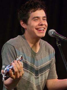 David Archuleta performs in Phillie