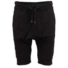TIGHA Sweat-Shorts 'Madden' ► Die aus softer Baumwolle gefertigten Sweat-Shorts von TIGHA kommen im lässigen Schnitt mit flexiblem Bund und Zugband. Ein absolut legerer Begleiter für sommerliche Freizeitstyles.